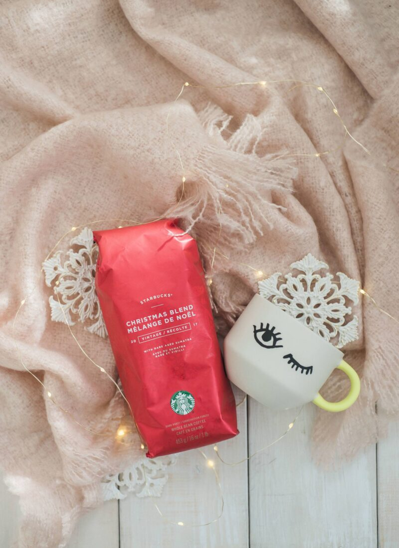 Coffee Lovers Gift Guide and a Starbucks Giveaway!