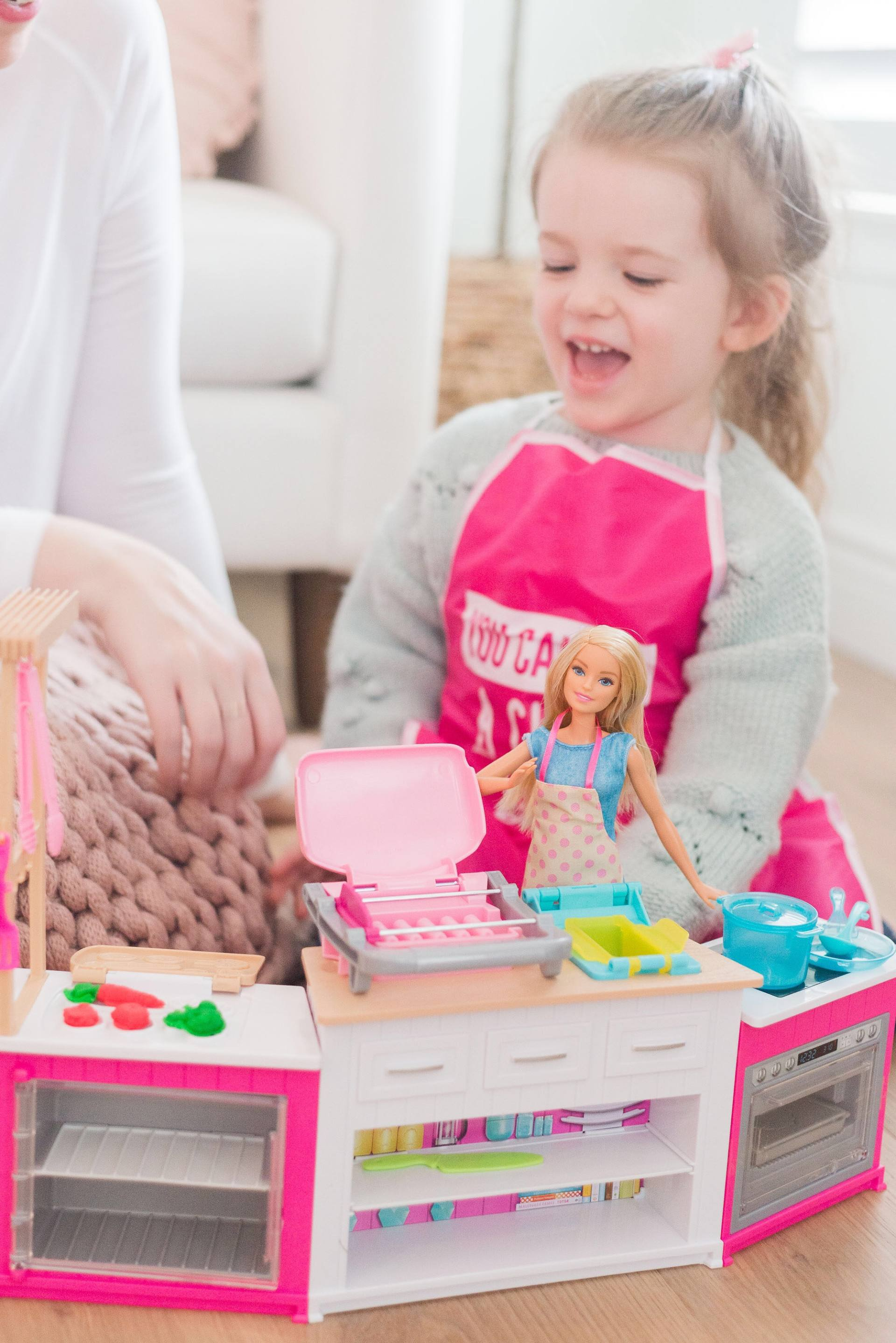 Barbie Ultimate Kitchen And Career Doll Review