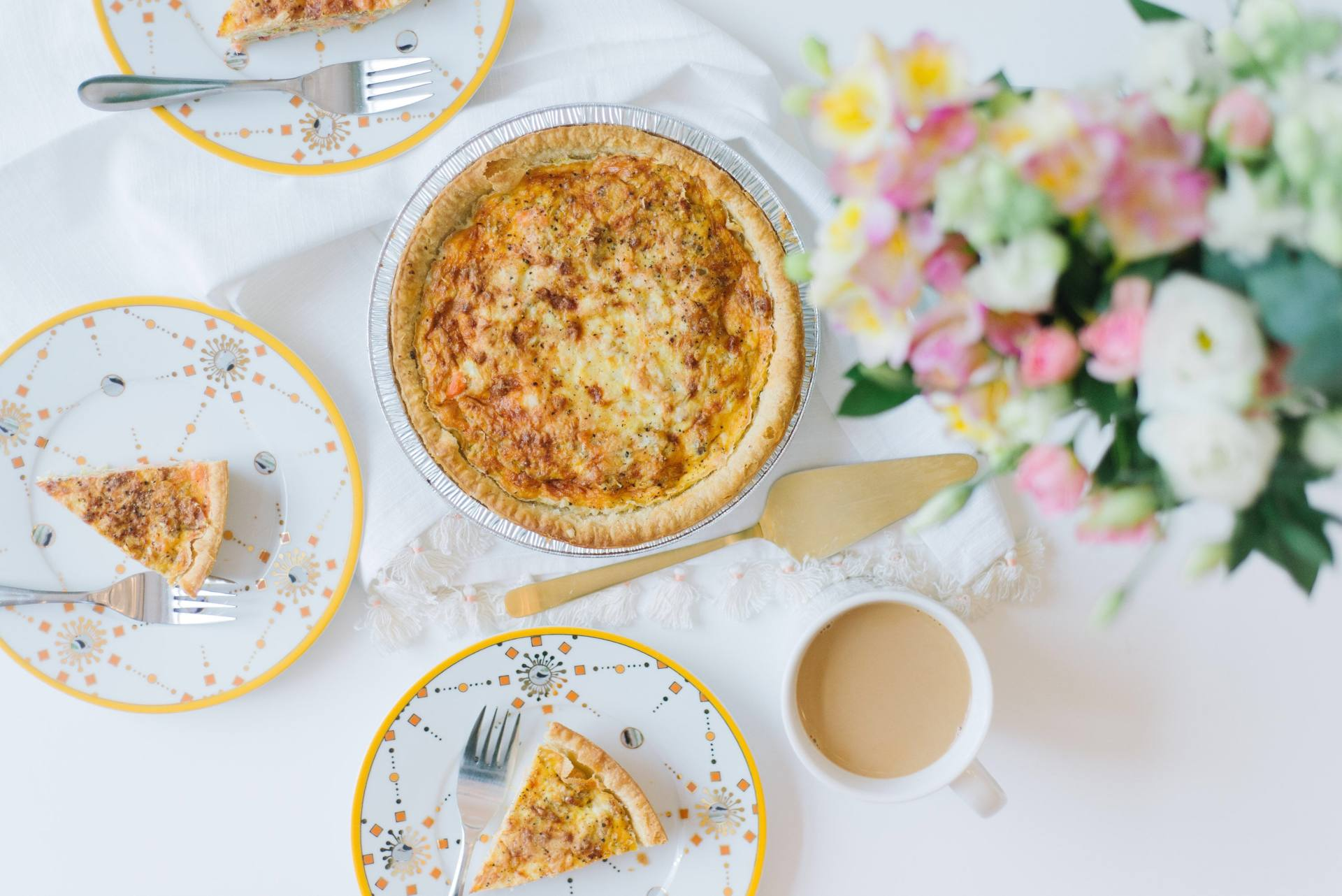 Salmon, Leek and Bacon Quiche Recipe @MapleLeafFoods #RealMapleLeaf